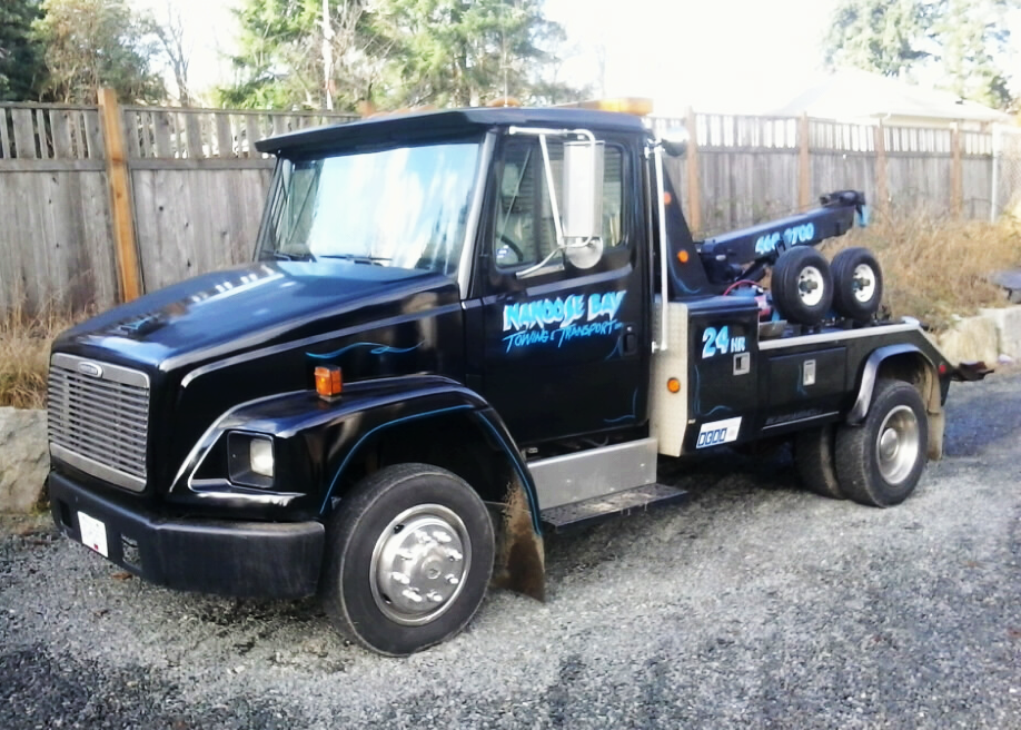 Nanoose Bay Towing - Black Tow Truck